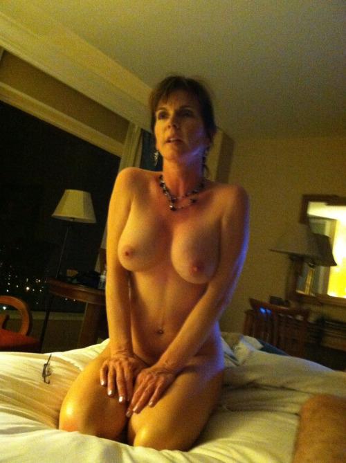 Femme mature en photo sexe pour rencontre 22