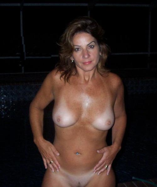 Femme mature en photo sexe pour rencontre 48
