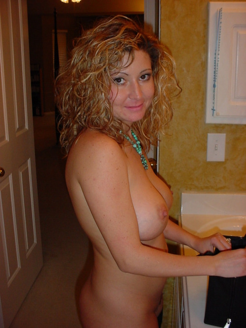Vieille maman sexy cherche a baiser 44