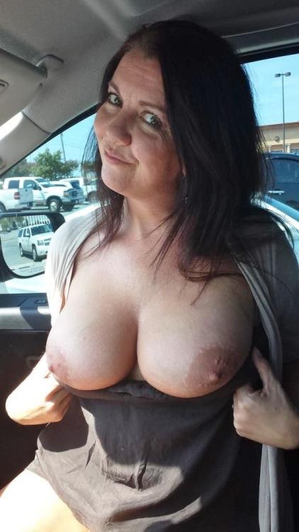 Vieille maman sexy cherche a baiser 46