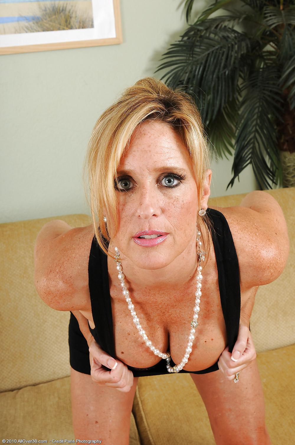 sexe nu en photo de cougar du 26