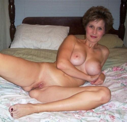 Femme mature en photo sexe pour rencontre 42
